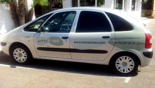 Vehículo de transporte propio y gratuito en Arròs i més